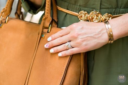 nail-art-lacquer-gold-rose-beg