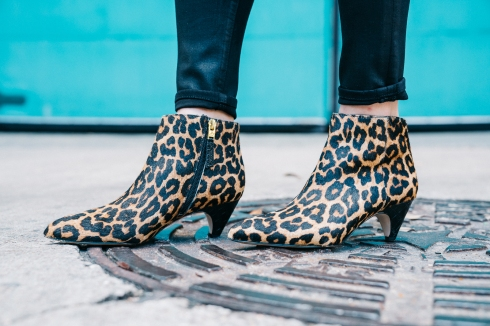 sam-edelman-leopard-boots-and-black-jeans