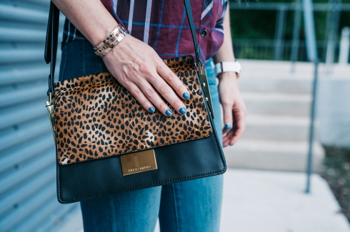 blue-nails-calf-hair-bag
