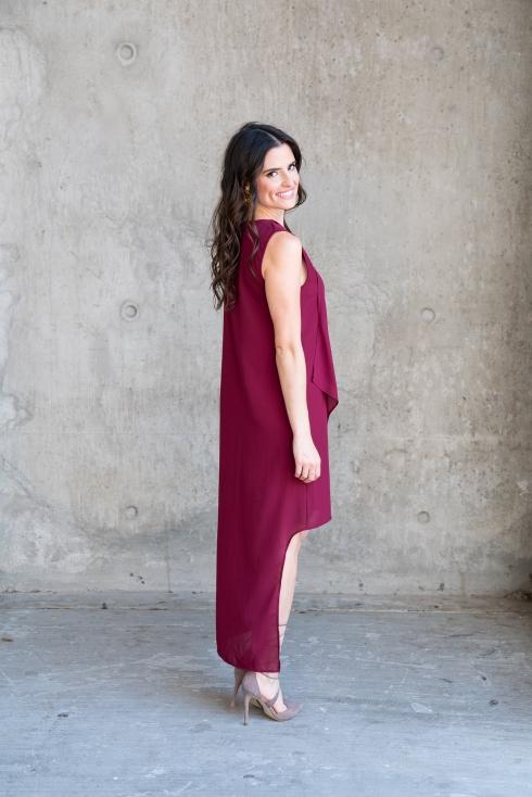 fashion-blogger-holiday-wine-dress