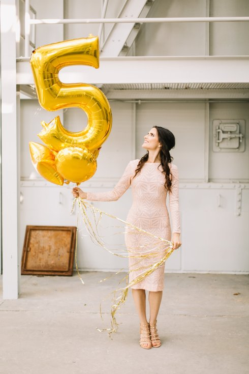 michelle-kuta-zuzek-style-beacon-five-year-anniversary-of-the-people-blush-sequin-dress