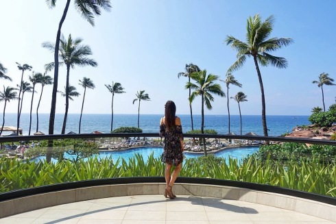 style-beacon-michelle-kuta-zuzek-fashion-blogger-travel-hawaii-grand-hyatt-kauai-resort-and-spa-lucca-couture-cold-shoulder-dress-schutz-ingriditee-nubuck-sandal-